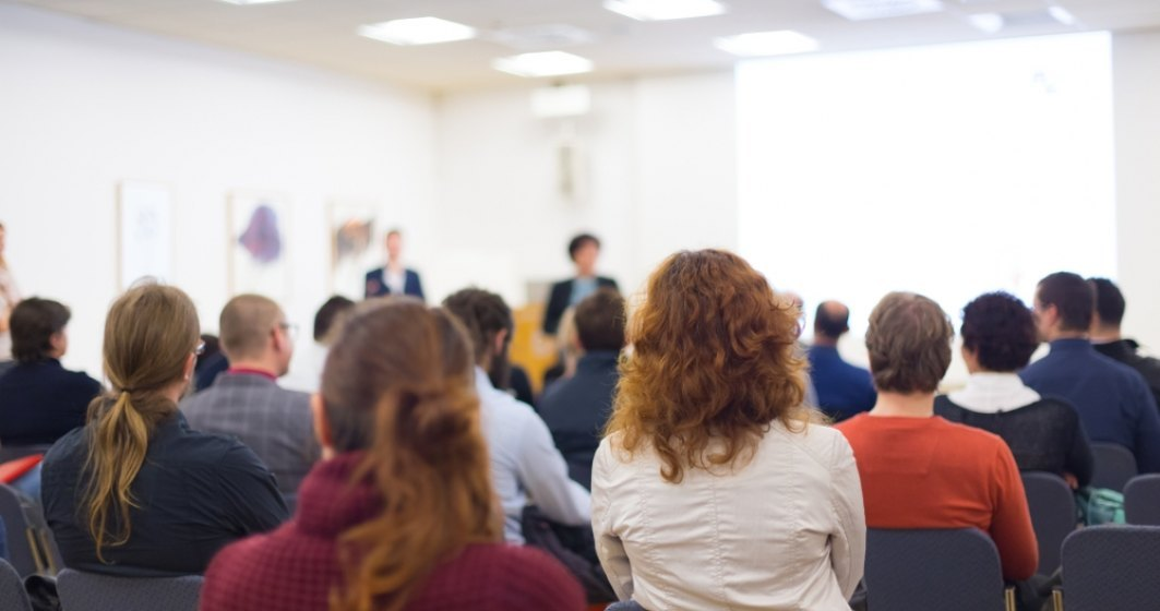 Peste 140 de programe de formare profesionala incep in decembrie in toata tara