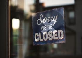 Activităţile economice se vor închide la ora 18:00 în localitățile în care...