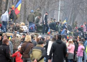Sondaj: 63% dintre români cred că situaţia generală a ţării este mai rea ca...