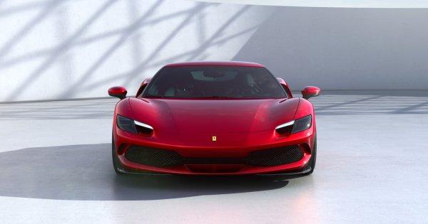 Ferrari a dezvăluit un nou hibrid pentru a-şi extinde oferta de modele...