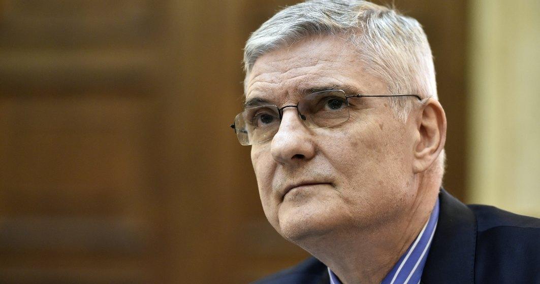 Dăianu: Eu cred că este obligatoriu ca băncile ce operează în România să fie mult mai prietenoase cu clienţii