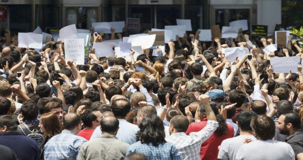 Federatia Sanitas picheteaza Ministerul Sanatatii, in semn de protest fata de neinceperea negocierilor privind noul contract colectiv de munca