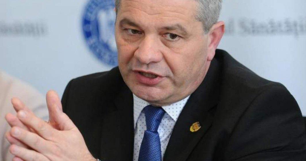 Ministrul Sanatatii, Florian Bodog, acuzat ca a plagiat doua treimi din teza de doctorat in Stiinte Economic