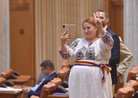 YouTube a închis contul oficial al Senatului României din cauza declarațiilor...
