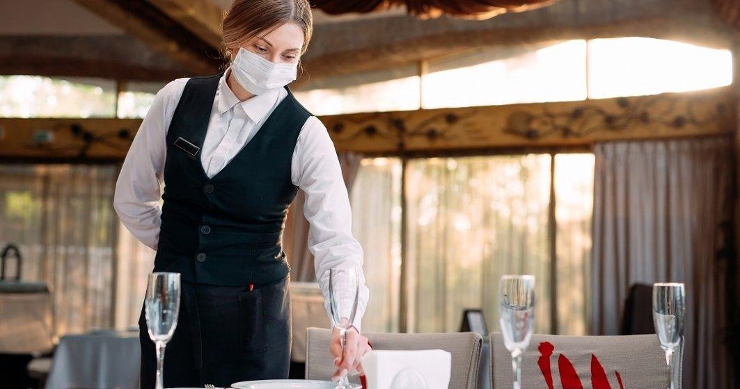 Sectorul HoReCa ar putea să funcționeze indiferent de rata de incidență, dacă își vaccinează toți angajații