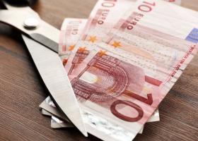 Deficitul comercial al României a urcat la 12,8 miliarde de euro după primele...