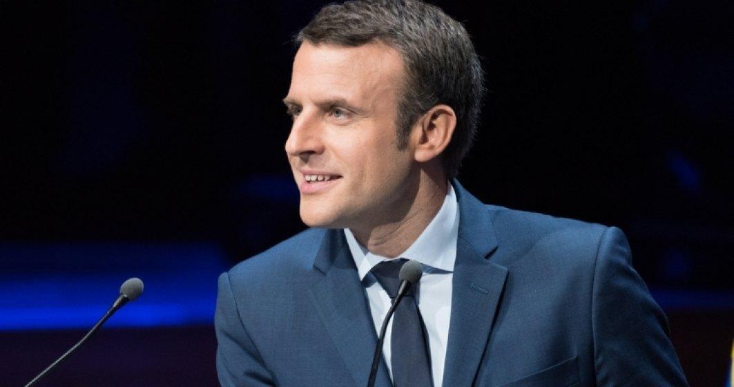 Presedintele Emmanuel Macron s-a deplasat la Arcul de Triumf dupa violente socante in Paris