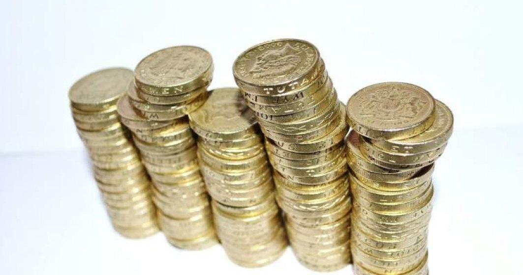 Oamenii economisesc tot mai mult, dar nu stiu sa multiplice banii