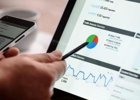 Banca Transilvania își lansează un centru online de research economic. Acces...