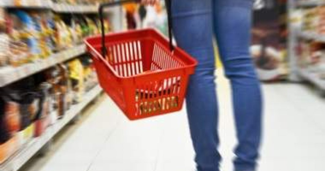 Soluții de cumpărături pentru vârstnici și persoane cu dizabilități în timpul restricțiilor impuse de pandemia Coronavirus. Retailerii și ONG-uri sar în ajutor celor care au nevoie