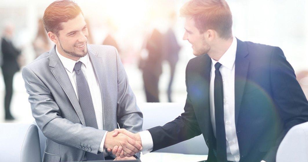 Cum sa devii memorabil in orice intalnire de afaceri si sa te distingi de concurenta