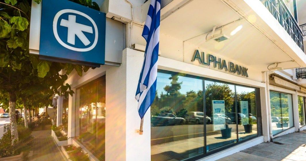 Alpha Bank promite o noua directie strategica in T4. Analistii greci vad bine economia, dar nu stiu de unde Guvernul va scoate bani pentru reducerile de taxe