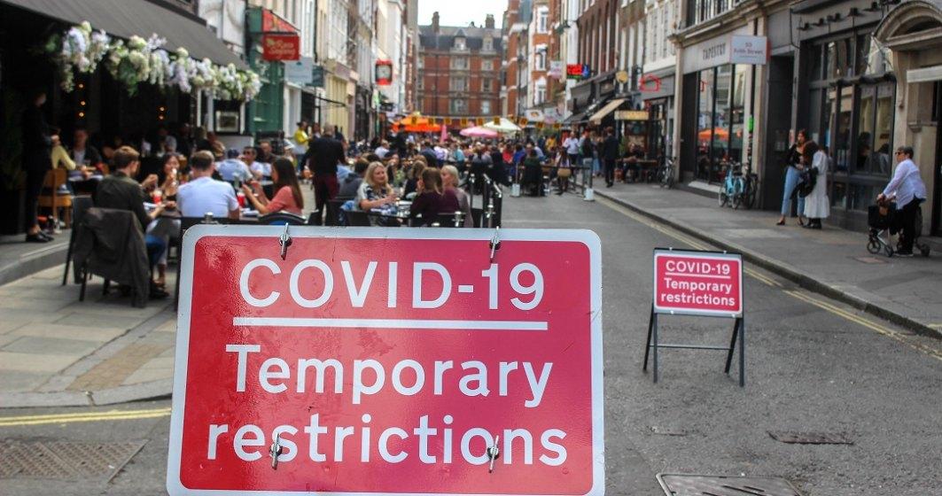 Oamenii de știință britanici nu sunt siguri că vaccinul anti-COVID-19 ar putea funcționa împotriva variantei sud-africane