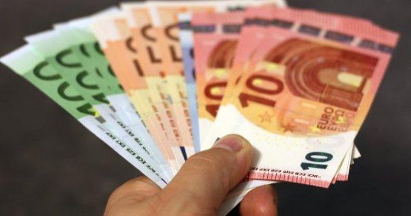 Euro a atins un nou maxim istoric față de leul românesc. Cât valorează acesta