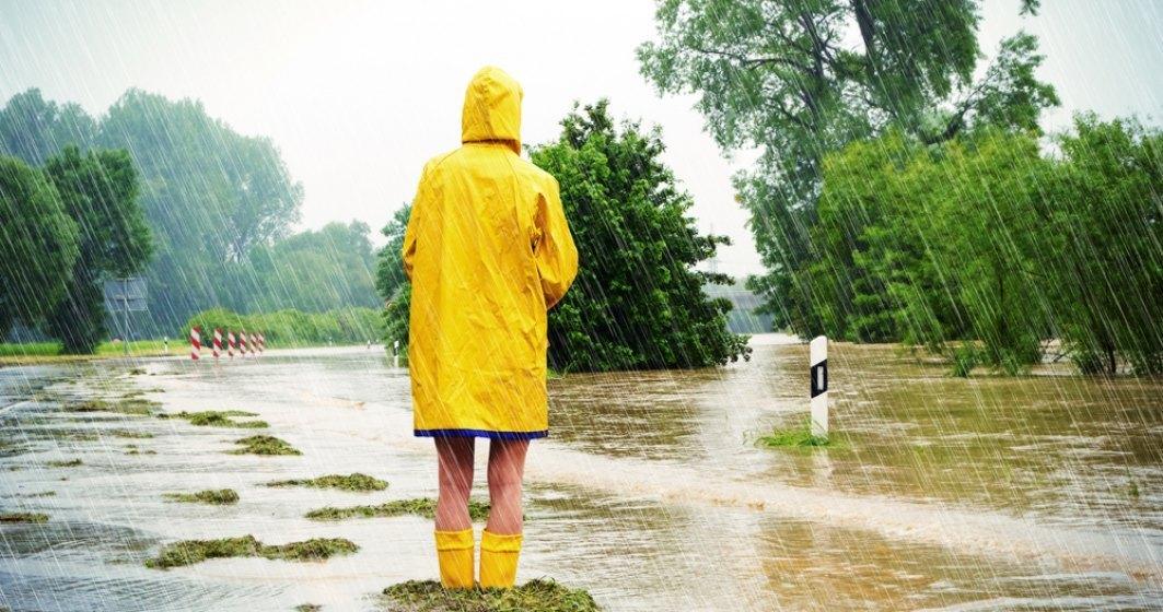IGSU: 28 de localitati sunt afectate de ploi. Peste 400 de locuinte au fost inundate