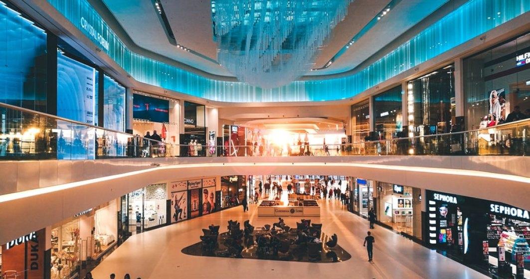 Ministrul Economiei: Dacă scad infectările, din 15 iunie deschidem mall-urile, fără cinematografe şi locuri de joacă