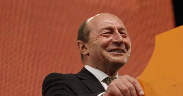 """Băsescu îi cere demisia lui Drulă: """"Mă mir că nu au spus că mecanicul a băut..."""