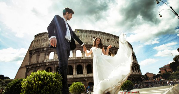 FOTO | Zece destinații de vacanță în care poți face o nuntă ca în povești