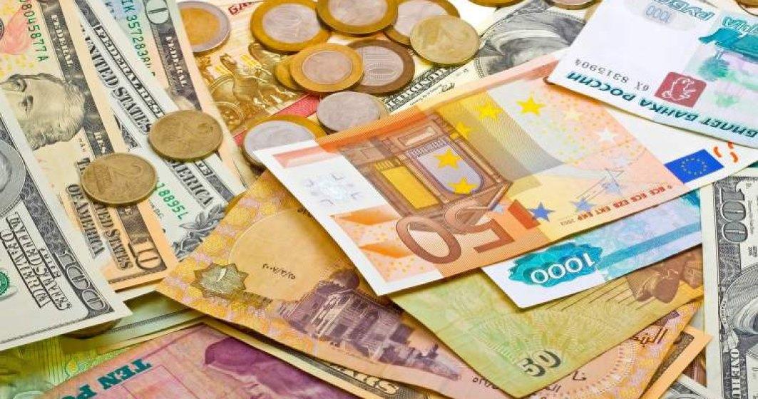 Curs valutar BNR astazi, 9 octombrie: cursul oficial pentru dolar depaseste 4,07 lei; euro stagneaza in schimb