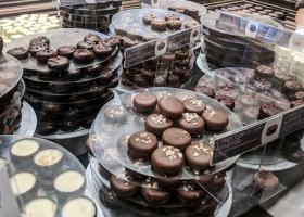 Leonidas: Românii au mâncat mai multă ciocolată fină în pandemie... singuri,...