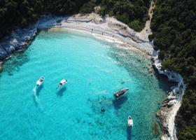 Șase destinații din Grecia în care NU există mașini
