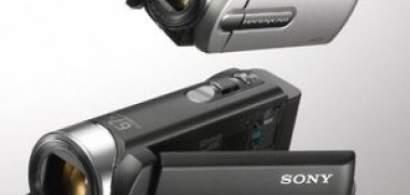 Lumea intreaga, mai aproape prin noile camere Handycam cu ultra-zoom