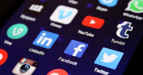 Polonia va adopta o lege împotriva cenzurii pe internet