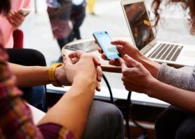 Analiză Kaspersky: Șapte din zece tineri se bazează pe rețelele sociale...