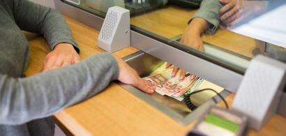 Lista băncilor cu cele mai bune dobânzi la depozite. Creditorii de top din...