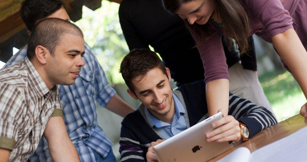 Compania daneză care oferă acțiuni angajaților din România. Cum ajută acest model și ce alte beneficii primește un IT-ist