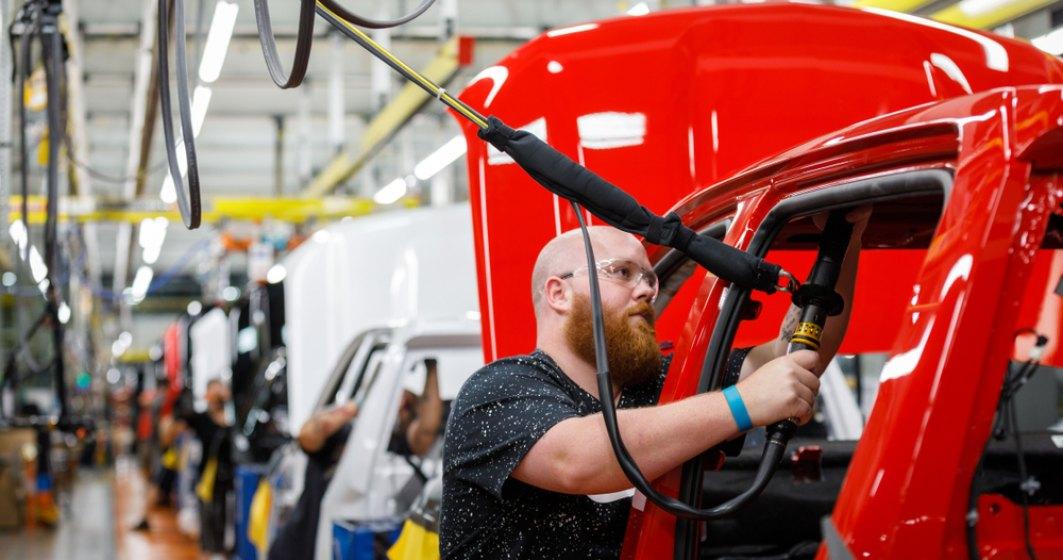 Brexit-ul a taiat jumatate din productia de masini in Marea Britanie si a redus locurile de munca in industrie
