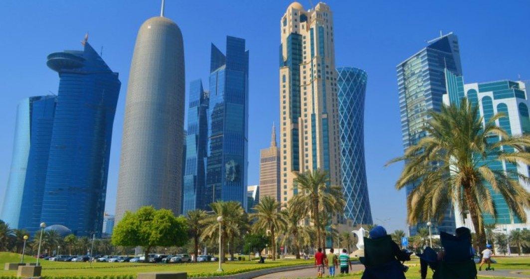 "Vizita in Doha, Qatar: un oras ""proaspat"" ridicat intre nisip si nori unde benzina costa 1,6 lei si berea 50 lei"