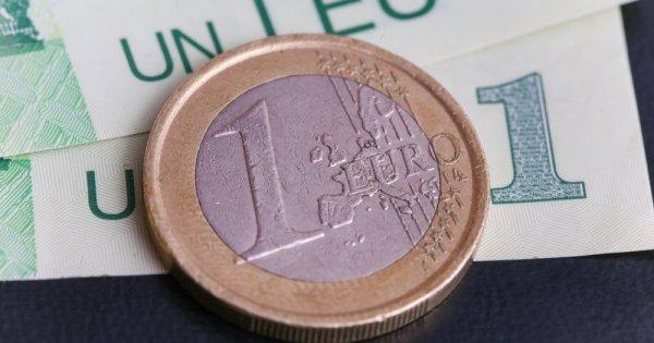 Euro a atins un nou maxim istoric