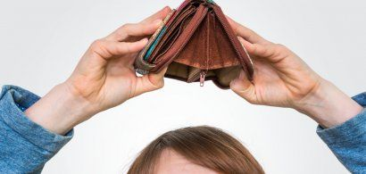 Majoritatea familiilor cu venituri mici din România nu își pot permite nici...