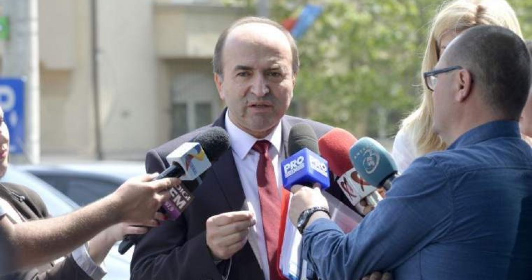"""Toader, replica acida lui Iohannis, dupa ce acesta a spus ca """"procurorii nu pot fi in subordinea"""" unui politician"""