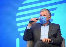 Ion Sturza, Elefant.ro: Din punct de vedere politic și economic nu avem...