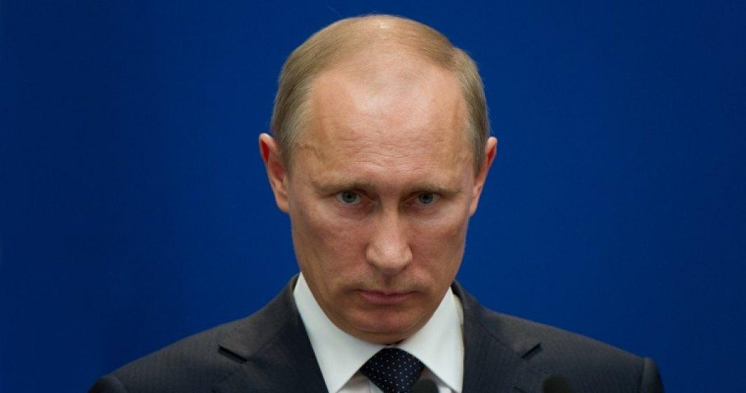 Mii de rusii manifesteaza impotriva lui Vladimir Putin, in ziua in care acesta implineste 65 de ani