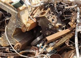 Aproximativ 2.000 de tone deșeuri din diferite materiale, transportate ilegal...