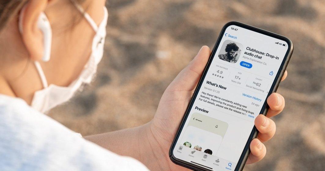 Aplicația Clubhouse a devenit disponibilă și pe Android: cum poți afla când ai acces la ea în România