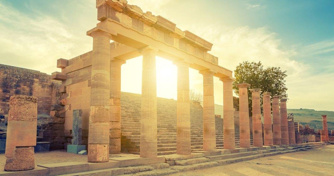 Grecia închide siturile arheologice din cauza caniculei