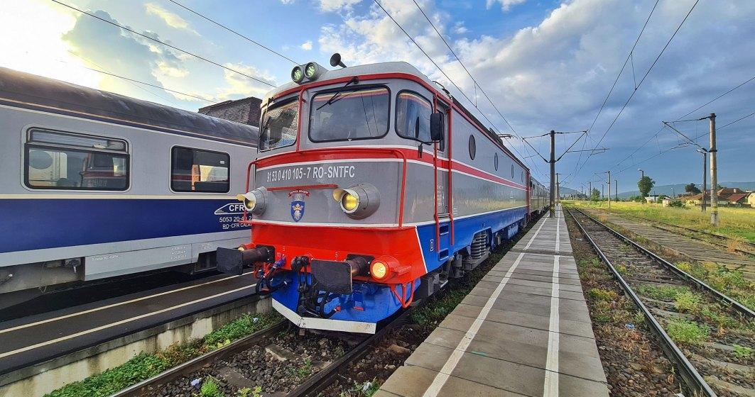 În vacanță cu trenuri charter: agențiile de turism pot vinde bilete CFR