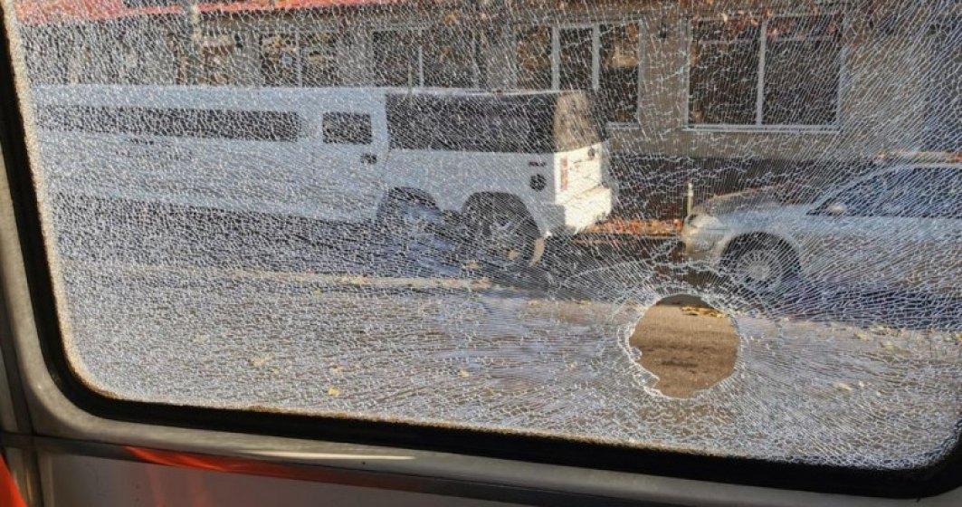 ATAC în București. Un bărbat a tras un glonț într-un tramvai