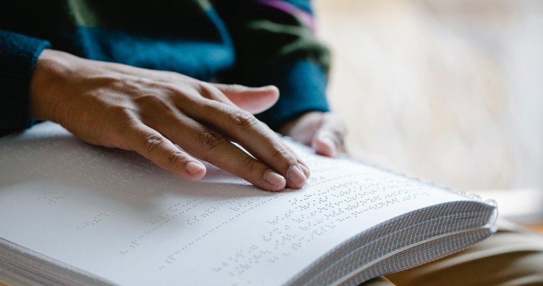 Ghid de angajare a nevăzătorilor. Ce meserii pot practica nevăzătorii, în România