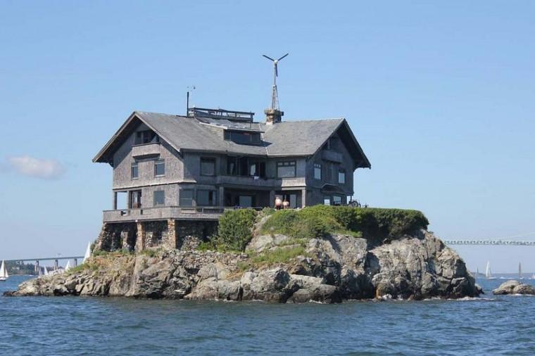 casă pe insulă 2