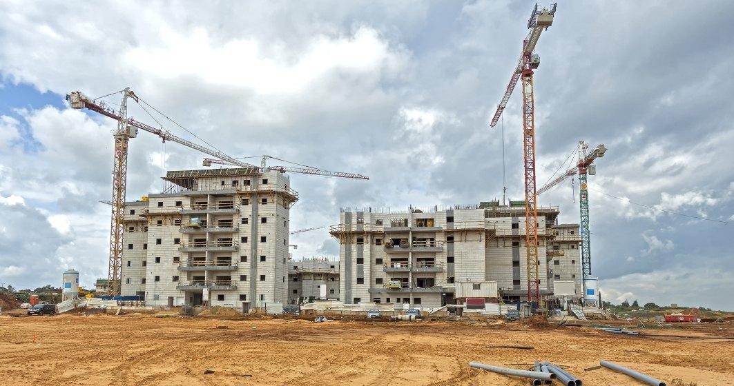 Dezvoltatorii imobiliari ar putea fi obligati isi inregistreze proiectele de locuinte la ANL, sa depuna intr-un cont bancar 50% din incasari de la cumparatori si sa solicite un avans de maxim 10%