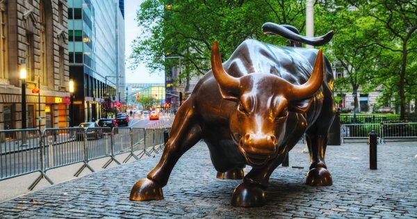 """Marile banci de pe Wall Street se feresc de cuvantul """"recesiune"""" in 2020: Ce..."""