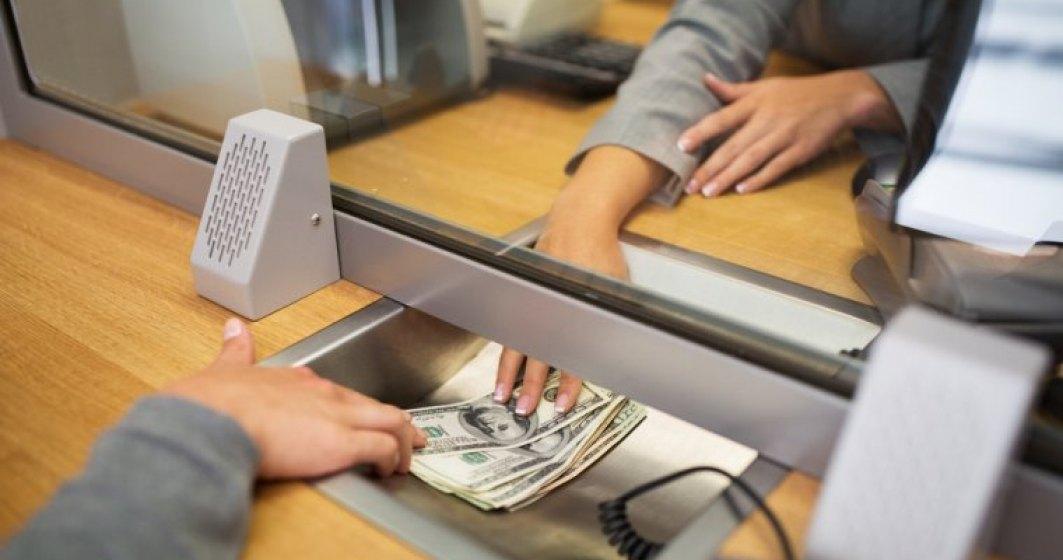"""Ce venituri incaseaza """"rivalii"""" bancilor si de ce nu sunt considerati o amenintare de unii jucatori traditionali"""