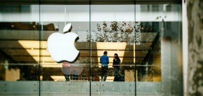 Bonusuri de 1.000 de dolari pentru angajații Apple. Tim Cook, furios că...