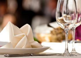 BREAKING | Intrarea în restaurantele din București se va face doar cu...