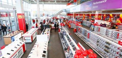 Altex deschide șase magazine noi, lansează aplicația pentru telefon și un...